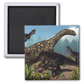 Imã Tyrannotitan que ataca um dinossauro do
