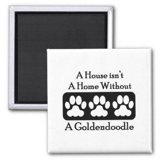 Imã Uma casa não é uma casa sem um Goldendoodle