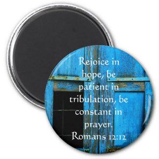 Imã Verso da bíblia do 12:12 dos romanos sobre a