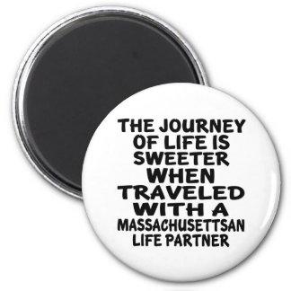 Imã Viajado com um sócio da vida de Massachusettsan