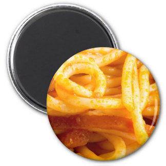 Imã Vista macro detalhada nos espaguetes cozinhados em