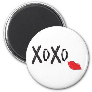 Imã XoXo-Abraço-Beijo-com-Vermelho-Lábios