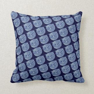Imagem bonito azul da coruja travesseiros de decoração