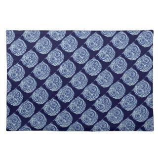 Imagem bonito azul da coruja suporte para pratos