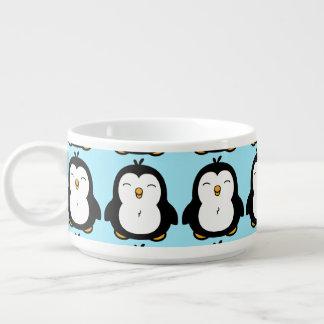 Imagem carnudo bonito do pinguim tigela para sopa
