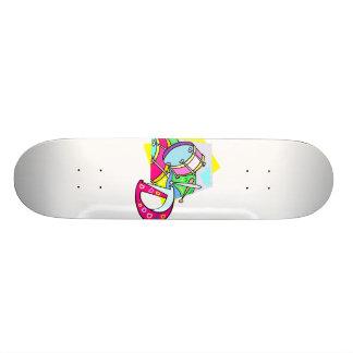 Imagem colorida gráfica do bombo e da letra D Skates