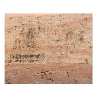 Imagem da madeira lançada costa panfletos coloridos