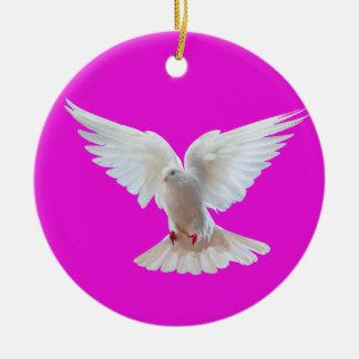 Imagem da pomba do branco para o ornamento do