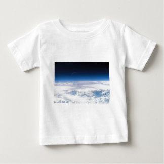 Imagem do Exosphere da atmosfera de terra Tshirt