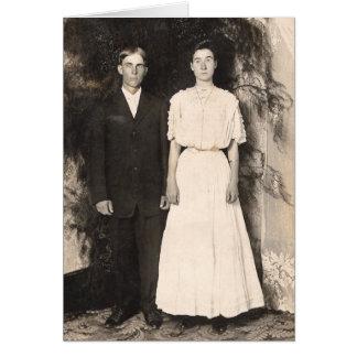 Imagem do vintage de um casal do casamento cartões