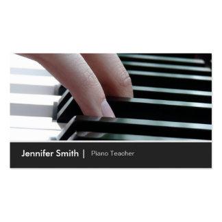 Imagem elegante do teclado de piano para o cartão de visita