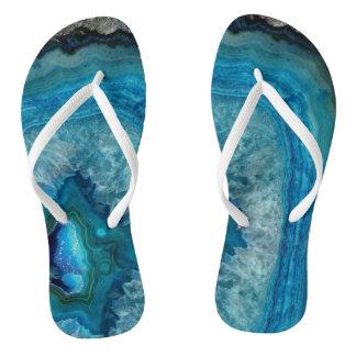 Imagem mineral do cristal da ágata da rocha azul chinelos