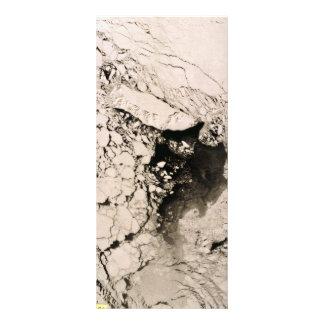 Imagem satélite da ilha de St Matthew, mar de 10.16 X 22.86cm Panfleto