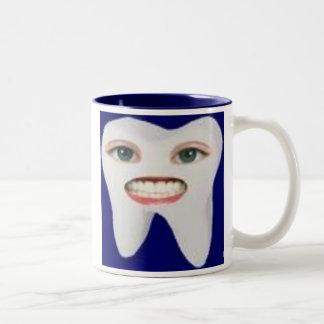 images-2, os dentes limpos são dentes felizes! caneca de café em dois tons