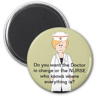 Ímãs engraçados da enfermeira imãs