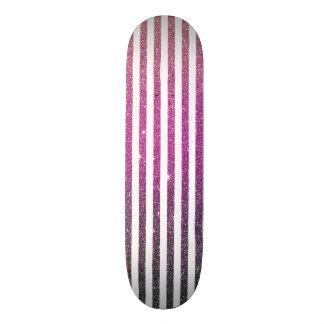 Impressão cor-de-rosa feminino da foto do brilho skate
