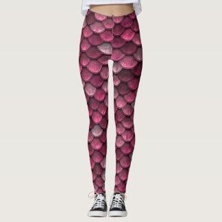 Impressão cor-de-rosa metálico das escalas legging