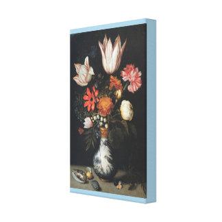 Impressão Em Canvas As tulipas, rosas, um cravo cor-de-rosa e branco,
