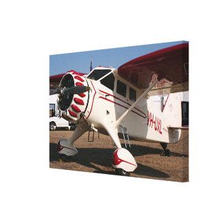 Impressão Em Canvas Aviões altos vermelhos & brancos da asa