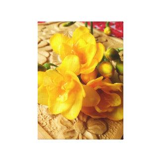 Impressão Em Canvas Buquê amarelo do Freesia