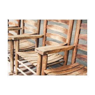 Impressão Em Canvas Cadeiras de balanço de madeira rústicas