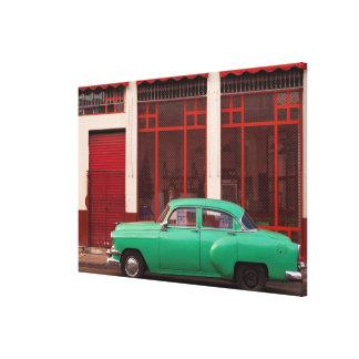 Impressão Em Canvas Carro clássico verde, Cuba