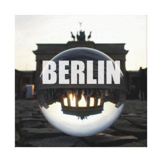 Impressão Em Canvas Concentras Through the crystal, Brandenburgo Gate