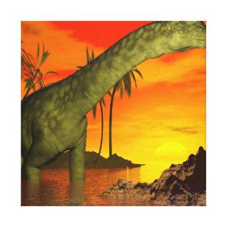Impressão Em Canvas Dinossauro do Argentinosaurus pelo por do sol - 3D