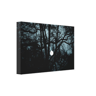 Impressão Em Canvas Entre janelas & lua