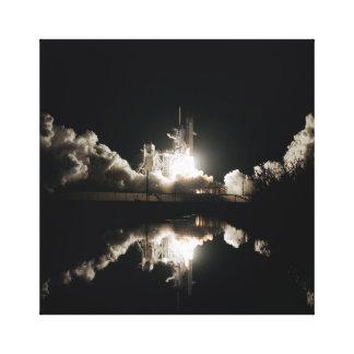 Impressão Em Canvas Lançamento da noite do vaivém espacial Colômbia