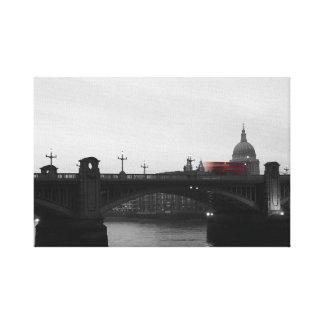 Impressão Em Canvas Ônibus de Londres no crepúsculo