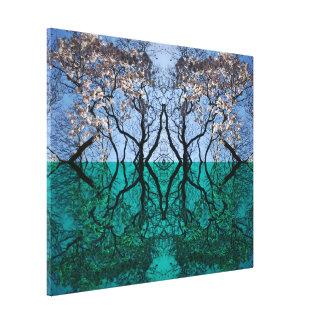 Impressão Em Canvas Porta da árvore entre a água e os mundos do céu