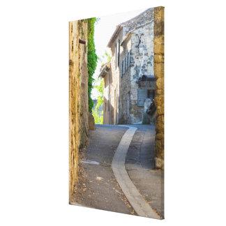 Impressão Em Canvas Rua estreita vazia, France