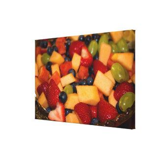 Impressão Em Canvas Salada de fruta com as uvas dos mirtilos das