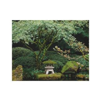 Impressão Em Canvas Serenidade em um jardim japonês