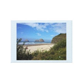 Impressão Em Canvas Três rochas do arco, perto do oceano, OU