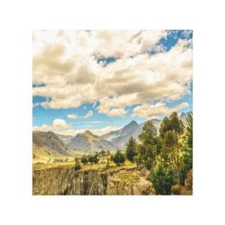 Impressão Em Canvas Vale e montanhas Latacunga Equador da escala de