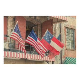 Impressão Em Madeira As bandeiras americanas alinham a rua