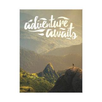 Impressão Em Tela A aventura espera o poster