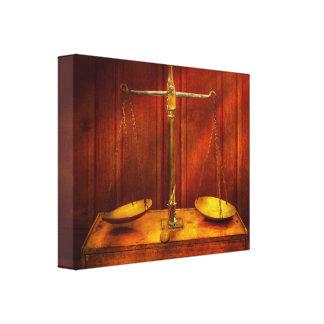 Impressão Em Tela Advogado - escala desequilibrada de justiça