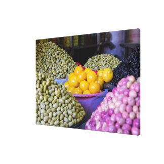 Impressão Em Tela Azeitonas e limão no mercado