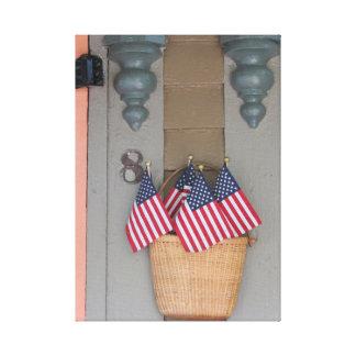 Impressão Em Tela Bandeiras e cesta, casa de campo do Martha's