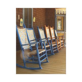 Impressão Em Tela Cadeiras de balanço no patamar, casa de campo do
