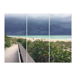 Impressão Em Tela Céu tormentoso sobre o mar do Aqua