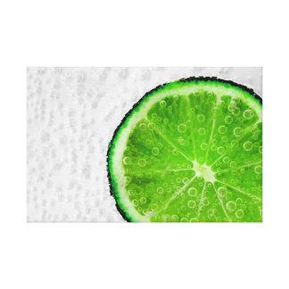 Impressão Em Tela Fatia verde colorida de limão com bolhas