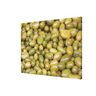 Impressão Em Tela Feche acima das azeitonas verdes