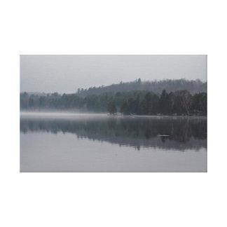 Impressão Em Tela Lago enevoado