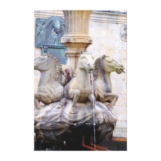 Impressão Em Tela O cavalo dirigiu a fonte, espanha