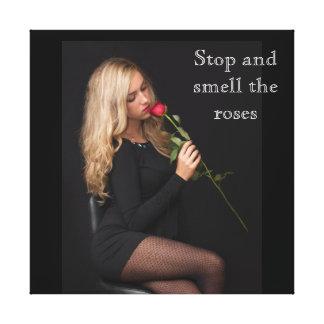 Impressão Em Tela Pare e cheire os rosas