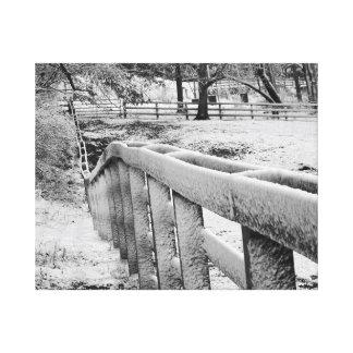 Impressão Em Tela Photograpy preto & branco da cerca coberto de neve